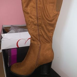 Wide Calf Knee High Boots w/ Box and Taga